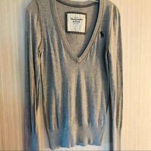 Abercrombie & Fitch B Neck Sweater Gray Size L